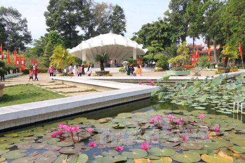 Khu di tích Nguyễn Sinh Sắc sổi nổi với các hoạt động văn hóa nghệ thuật chào mừng kỷ niệm 42 năm ngày giải phóng miền Nam, thống nhất đất nước (30/4/1975 - 30/4/2017)