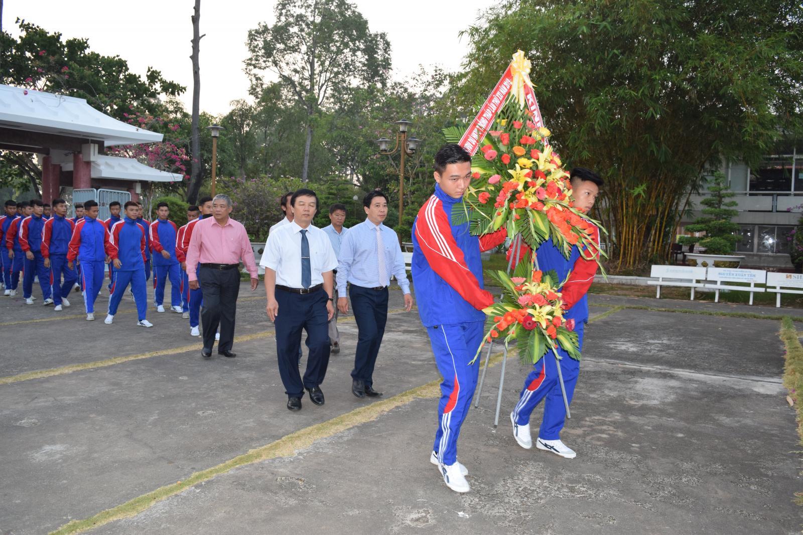 Lễ rước đuốc Hội khỏe Phù Đổng tỉnh Đồng Tháp lần thứ XXI năm 2019