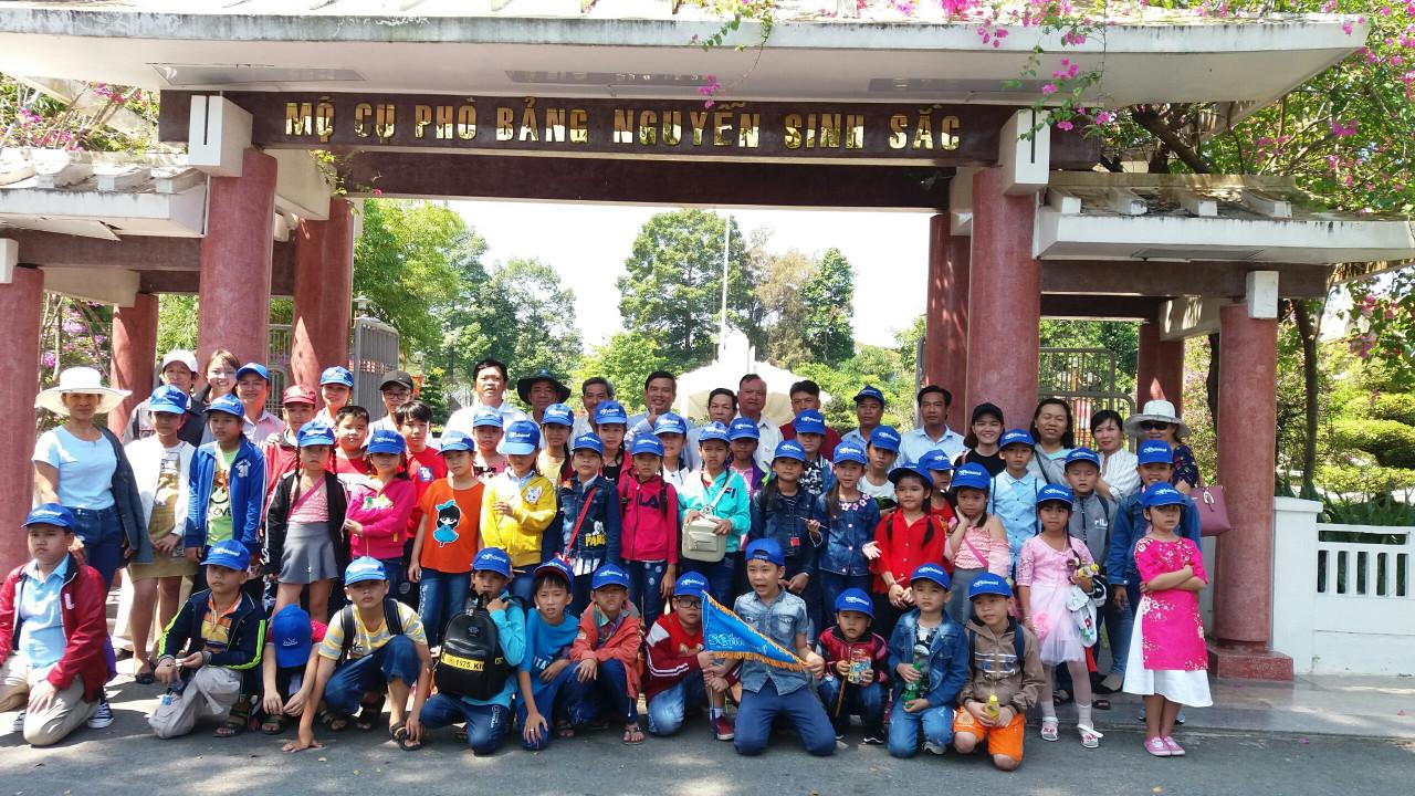 Hơn 2.500 lượt khách tham quan Khu di tích Nguyễn Sinh Sắc trong dịp lễ 30/4 và Quốc tế lao động 1/5